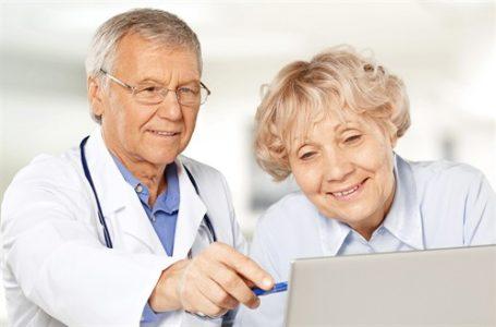 Private Krankenversicherung – Wann kann die Kostenübernahme für ein Hilfsgerät ablehnen werden?
