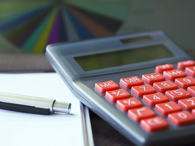 Das Leistungskürzungsrecht des Versicherers bei grob fahrlässigen Obliegenheitsverletzungen des Versicherungsnehmers nach § 28 Abs. 2 S. 2 VVG
