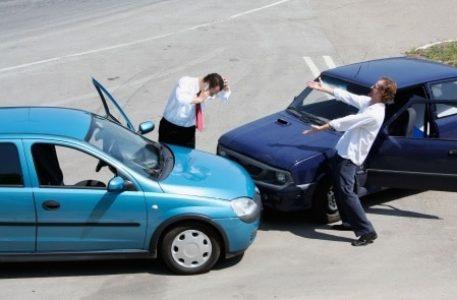 verkehrsunfall benzinklausel