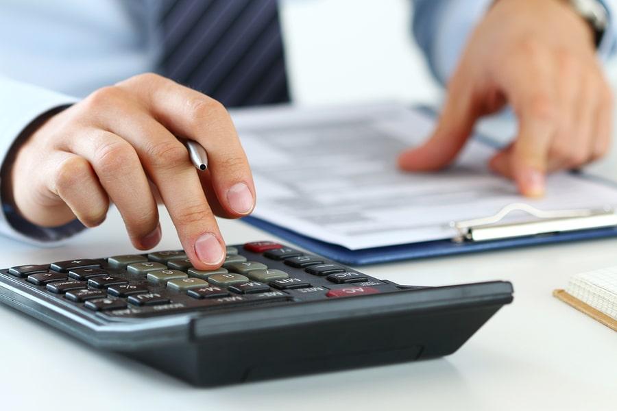 Vermögensschäden richtig versichern - In bestimmten Berufen können Fehler teuer werden. Symbolfoto: Morganka/bigstock