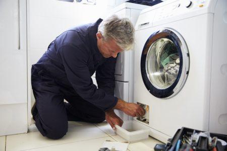 Ausgelaufene Waschmaschine Hausratversicherung