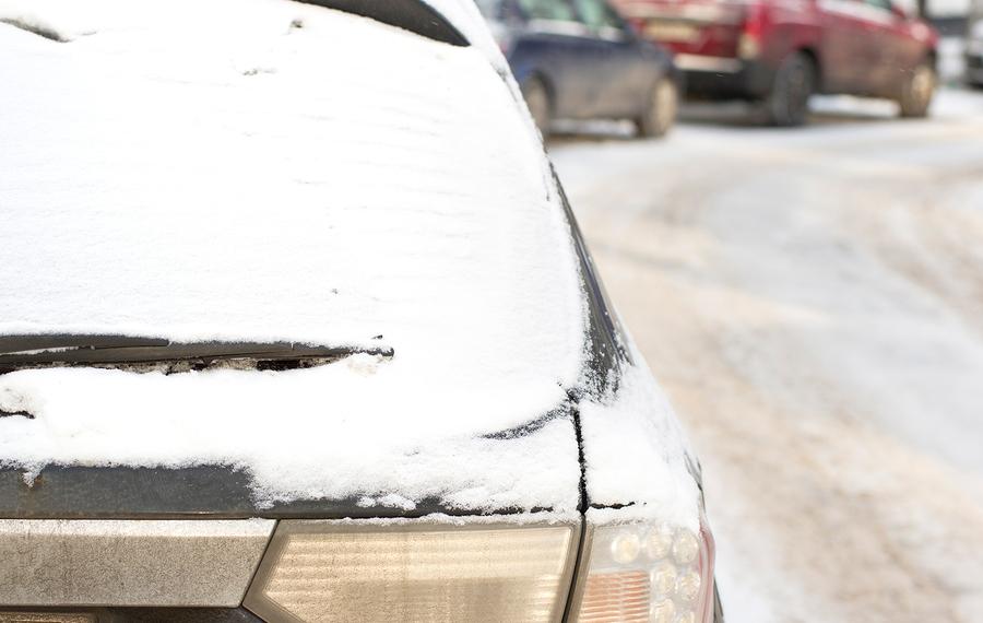 Vollkaskoversicherung - Fahrtgeschwindigkeit bei Schneetreiben auf Autobahn
