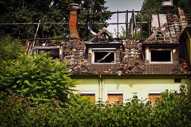 Brandschaden: Ausgleichsanspruch der Wohngebäudeversicherung gegenüber Haftpflichtversicherung eines Mieters