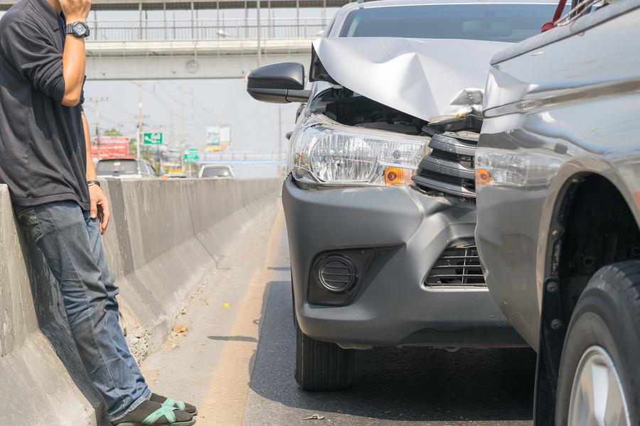 Kfz-Haftpflichtversicherung: Kein Versicherungsschutz wegen Versäumung der Wochenfrist für die schriftliche Schadensanzeige