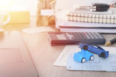 Vollkaskoversicherung: Wirksamkeit einer vertraglichen Nutzungsvereinbarung zum Fahreralter