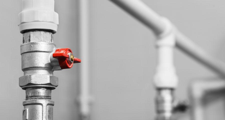 Wohngebäudeversicherung: Leistungskürzung bei unterbliebener Entleerung und Sperrung von Wasserleitungen