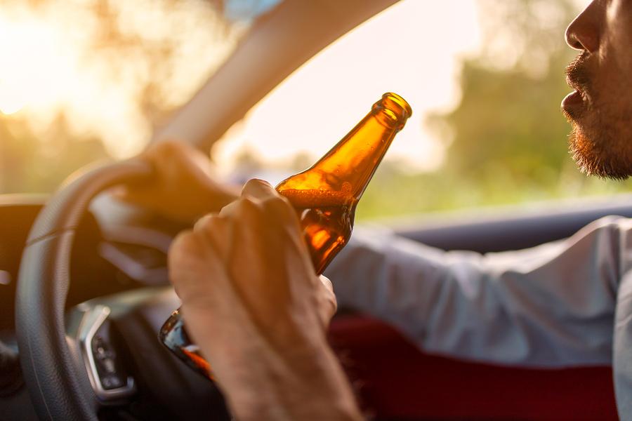 Unfall bei Alkoholfahrt von mehr als 2 Promille - Kürzung der Kaskoversicherungsleistungen auf Null