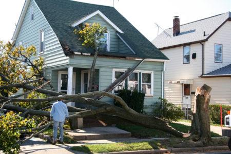 Sturmschaden – Lagerung des feuchten Hausrates