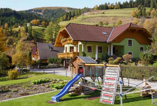 Wohngebäudeversicherung - Anforderungen an einen Erdrutsch