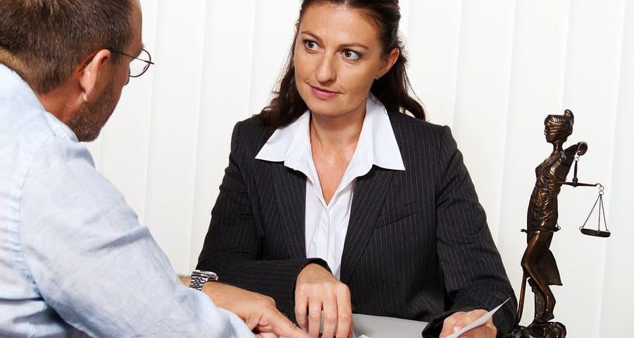 Rechtsschutzversicherung: Verbindung Kündigungsschutzklage mit Lohnzahlungsklage
