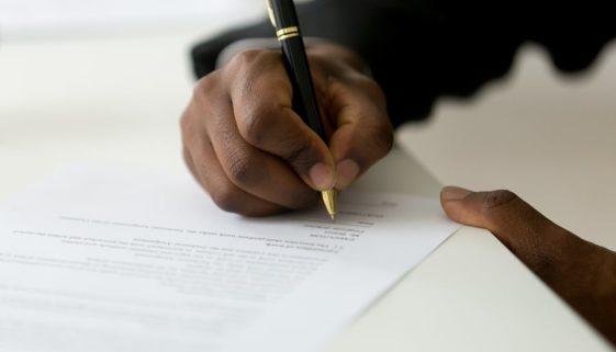 Kreditversicherungsvertrag - Vertrauensschadensersatz wegen nicht gewährter Versicherungsleistungen