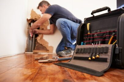 Wohngebäudeversicherung: Rohrbruch unterhalb des Kellerfußbodens –Versicherungsschutz