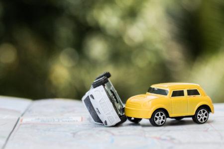 Kfz-Haftpflichtversicherung: Zulässigkeit des Bestreitens mit Nichtwissen bei Verkehrsunfall mit Auslandsbezug
