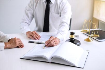 Haftpflichtversicherung: Bindungswirkung der Parteien an Haftungsurteil