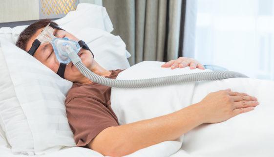 Krankheitskostenversicherung: Behandlung eines Schlafapnoe-Hyponoe-Syndroms