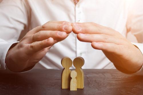 Lebensversicherung: Feststellungsanspruch auf Fortbestehen der Versicherung