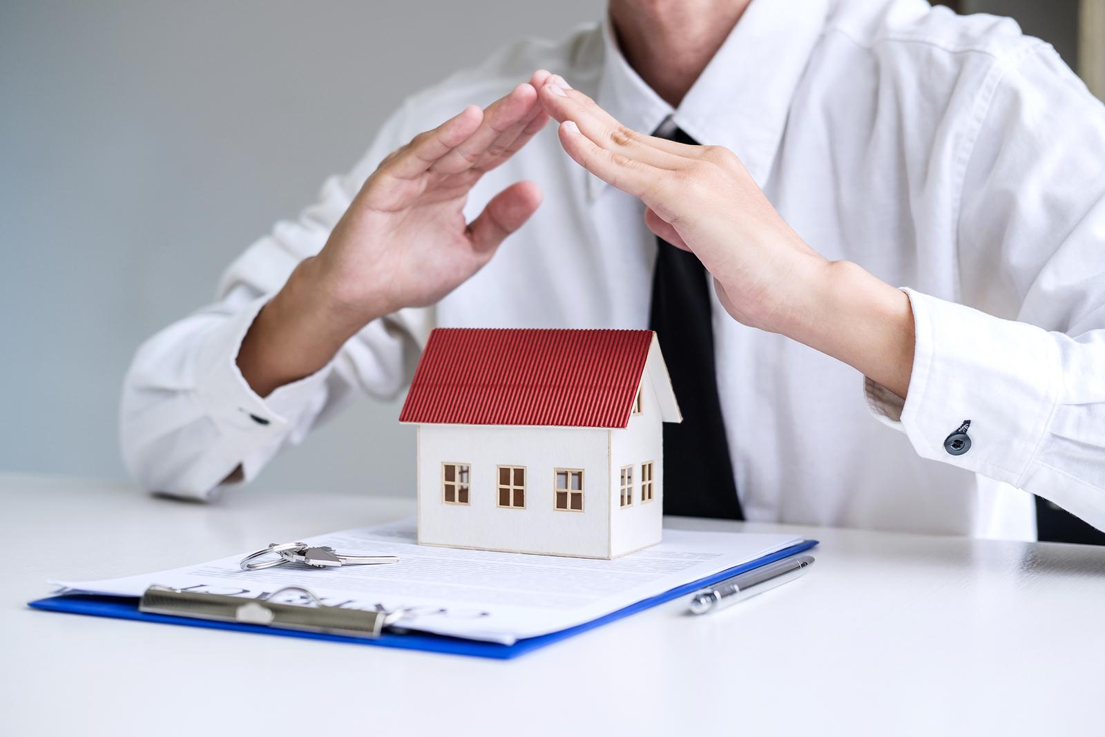 Hausratversicherung - Haftung des Versicherungsmaklers bei Untersicherung