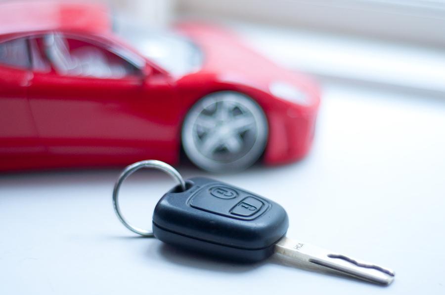 Unfallversicherung: Leistungsausschluss bei Kraftfahrzeug ohne Haftpflichtversicherungsschutz