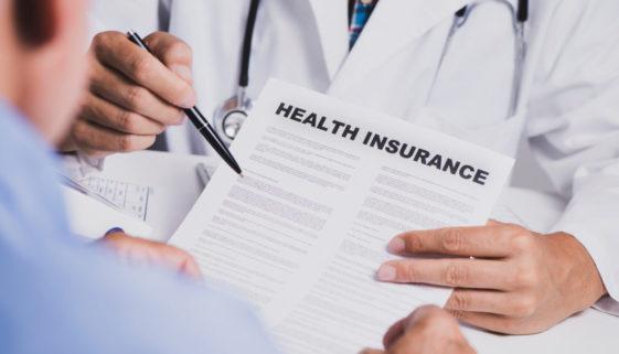 Krankenversicherungsvertrag: arglistiges Verschweigen von Vorerkrankungen