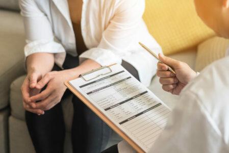 Krankenversicherung - Hinweis- und Beratungspflichten des Versicherers bei Kündigung durch Versicherungsnehmer