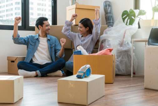 Hausratsversicherung - Versicherungsschutz bei Umzug in alter und neuer Wohnung
