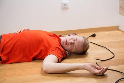 Unfallversicherung - Tod eines herzkranken Versicherungsnehmers nach Stromschlag