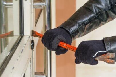 Einbruchdiebstahlversicherung - Begriff des Einbrechens