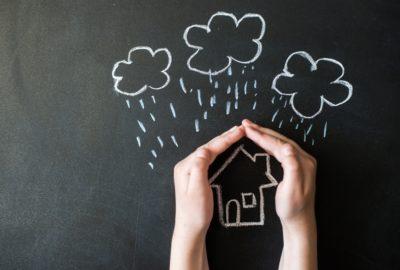 Gebäudeversicherung - (Mit-)Ursächlichkeit eines Sturmes für einen Schaden
