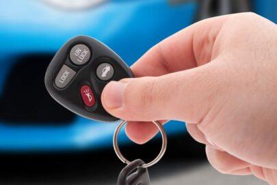 """Einbruchdiebstahl in Auto- gezielte Störung der Funkübertragung durch """"Jamming"""""""