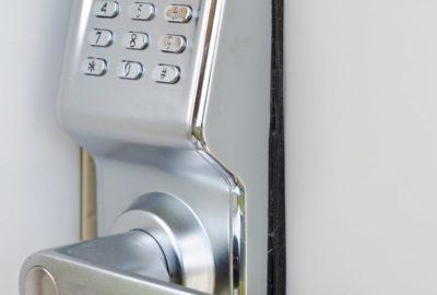 Hausratversicherung - Nachweis eines Einbruchdiebstahls bei einem Zahlenschloss