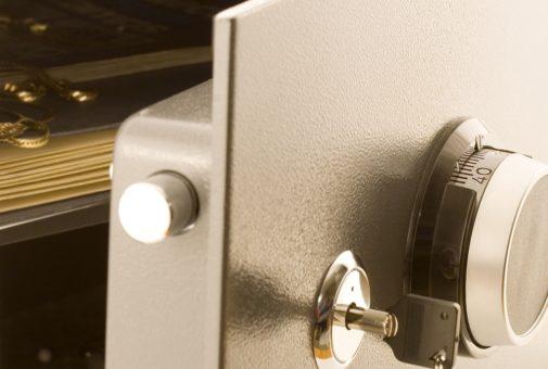 Hausratversicherung - Nachweis für aus einem Tresor entwendete Wertsachen