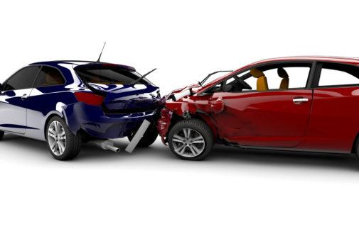 Kfz-Haftpflichtversicherung - Bindungswirkung Haftpflichturteil bei arglistig vorgetäuschtem Unfall