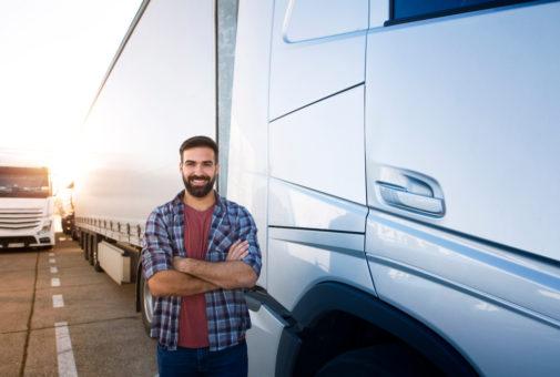 Transportversicherung - Einbeziehung des Anhängers eines Sattelzugs in den Versicherungsschutz