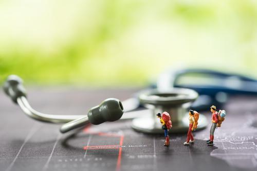 Auslandsreisekrankenversicherung - Risikoausschluss - absehbare Behandlungsbedürftigkeit