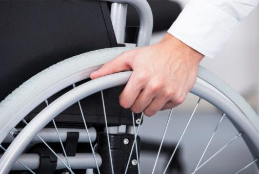 Von Andrey_PopovDauerhafte Invalidität Unfallversicherung