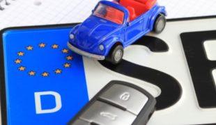 Kraftfahrzeugversicherung - Voraussetzung für Versicherungsschutz mit roten Kennzeichen