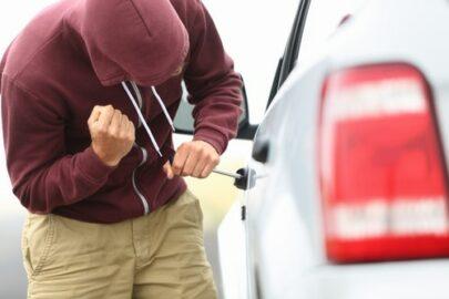 Fahrzeugentwendung – Herausgabe über Kaufpreiszahlungsbeleg an Kasko-Versicherung