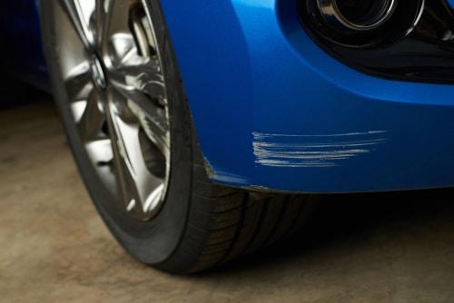 Versicherungsfall und Versicherungsleistung bei Zerkratzen eines Fahrzeugs