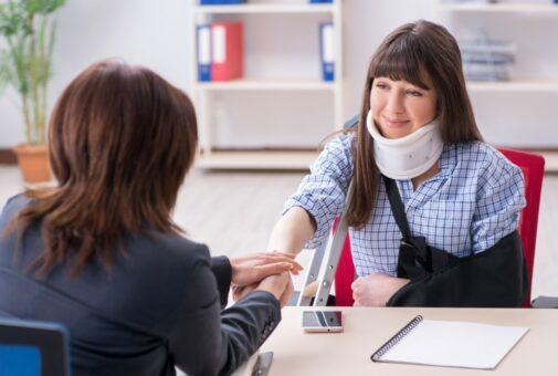 Private Unfallversicherung - Invalidität nach HWS-Distorsion