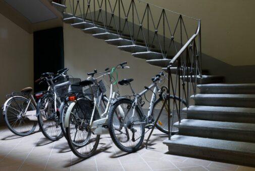 Hausratversicherung - Diebstahl wertvolles Fahrrad aus Kellerverschlag
