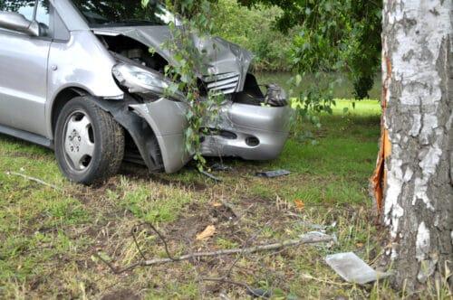 Kaskoversicherung - Unfallflucht bei bloßer Abschabung von Baumrinde