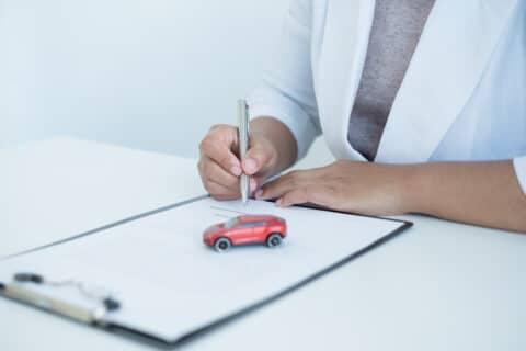 Deckungsklage gegen Kfz-Vollkaskoversicherung
