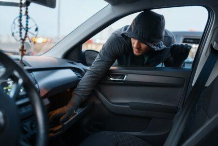 Kfz-Kaskoversicherung - Redlichkeitszweifel an Versicherungsnehmer bei Kraftfahrzeugdiebstahl