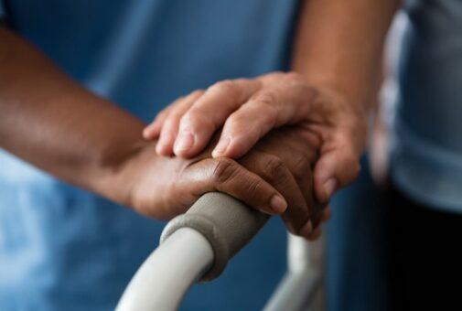 Pflegetagegeldversicherung - Kündigung bei Betreuung